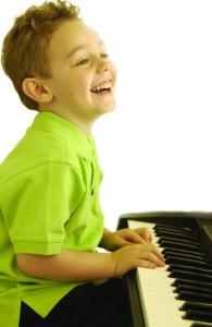boy-keyboard-learn